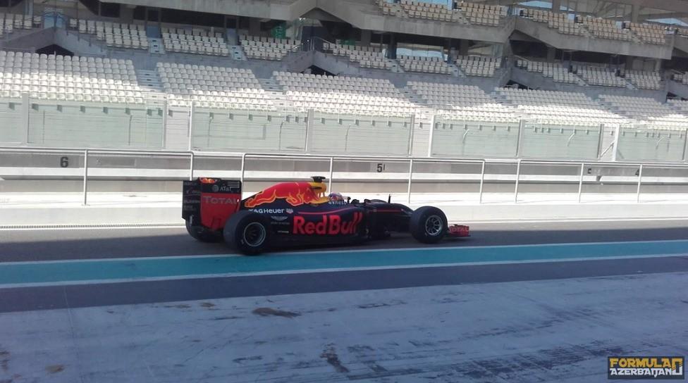 Red Bull təkər testlərinin ikinci gününü tamamlayıb
