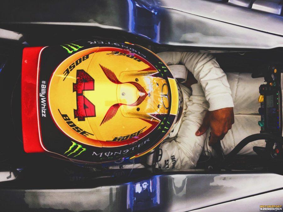 """L.Həmilton: """"Ferrari yarış tempində güclüdür"""""""