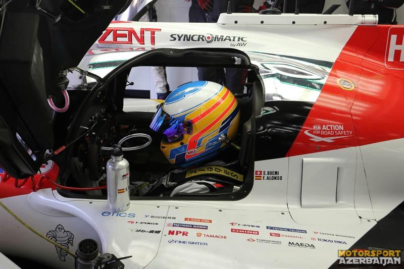 F.Alonso Toyota ilə testə çıxıb