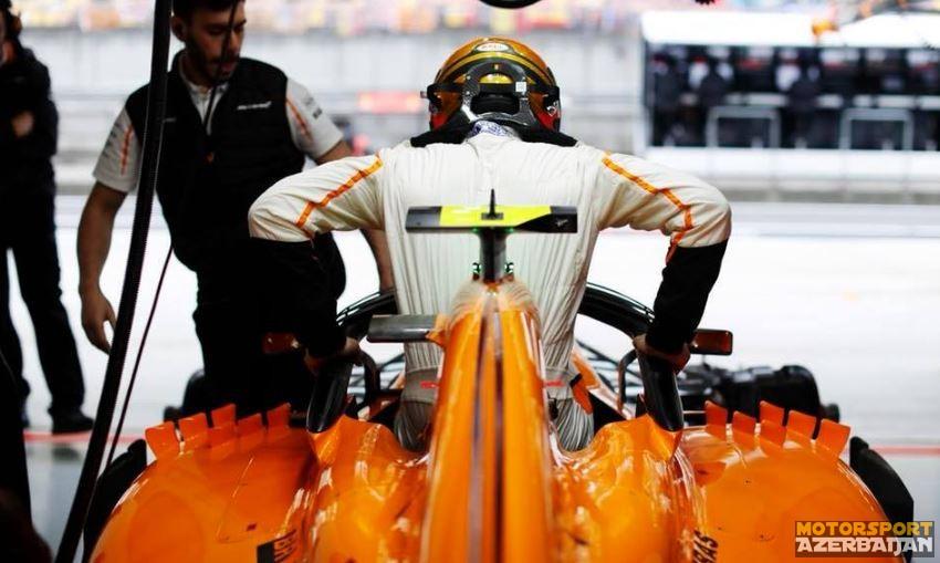 """K.Horner: """"McLaren problemləri həll etməlidir"""""""